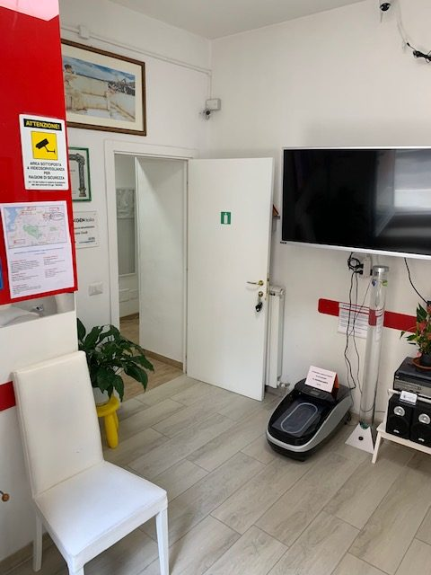 4-guidi-odontoiatria-sala-attesa